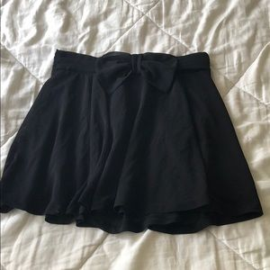 H&M Divided Mini Skirt with Bow